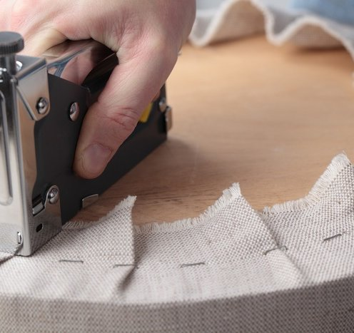 Обить мебель своими руками